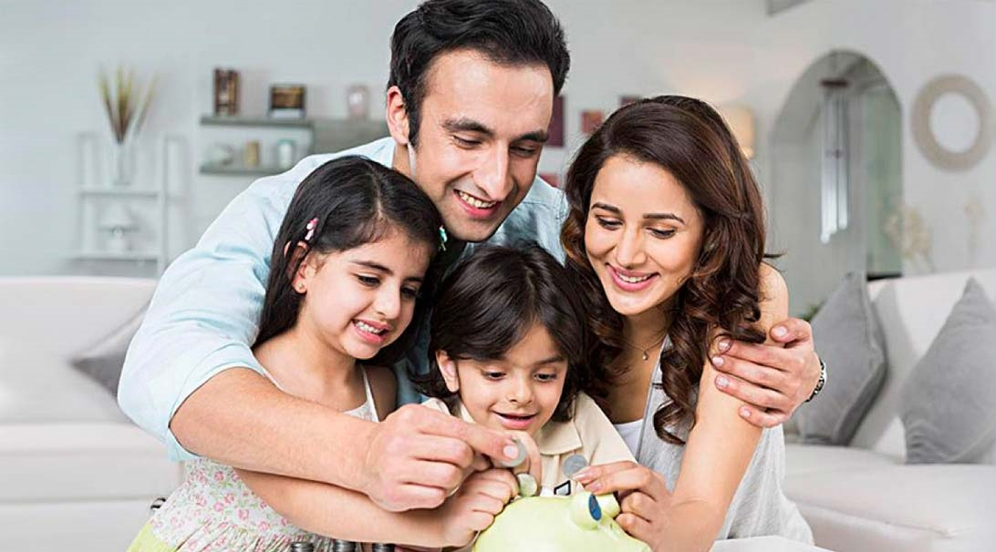 Read more about the article 7 Smart Money Moves For A Mother